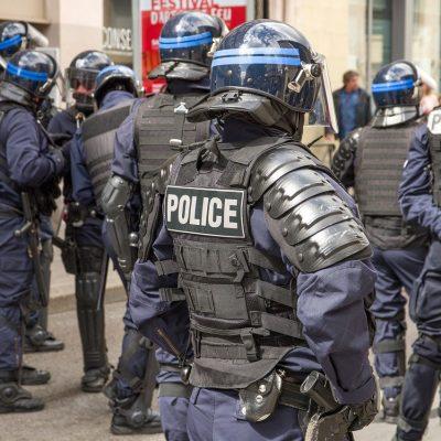 Полиция във Франция