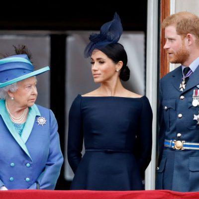 Елизабет втора - Меган и Хари