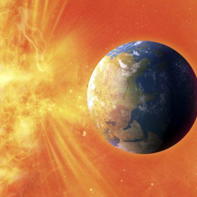 Земята и слънцето